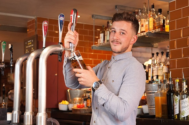 bar work student summer job